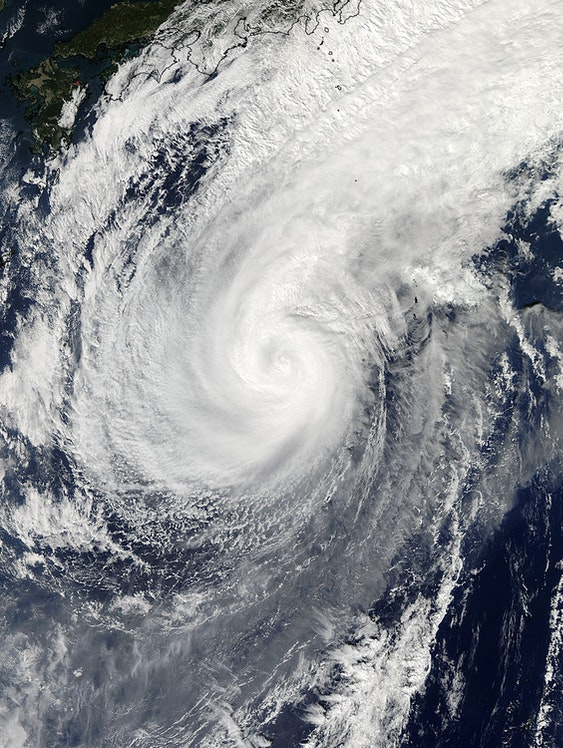 Typhoon passes over Japan
