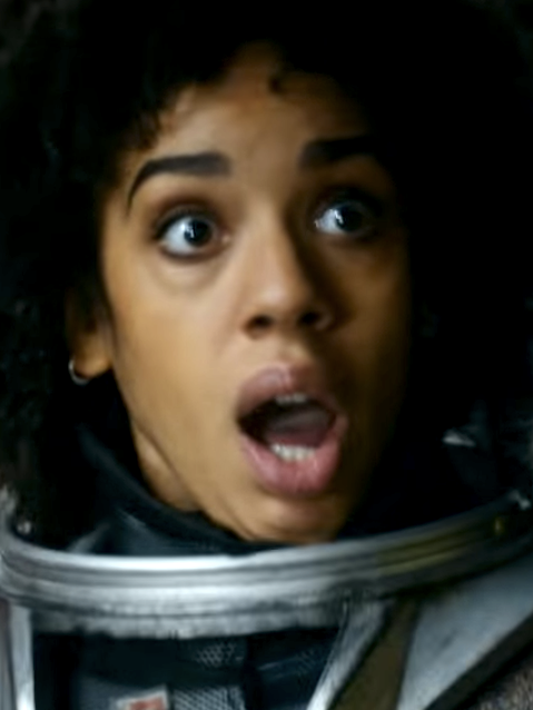 Pearl Mackie makes her debut as Bill in The Return of Doctor Mysterio.