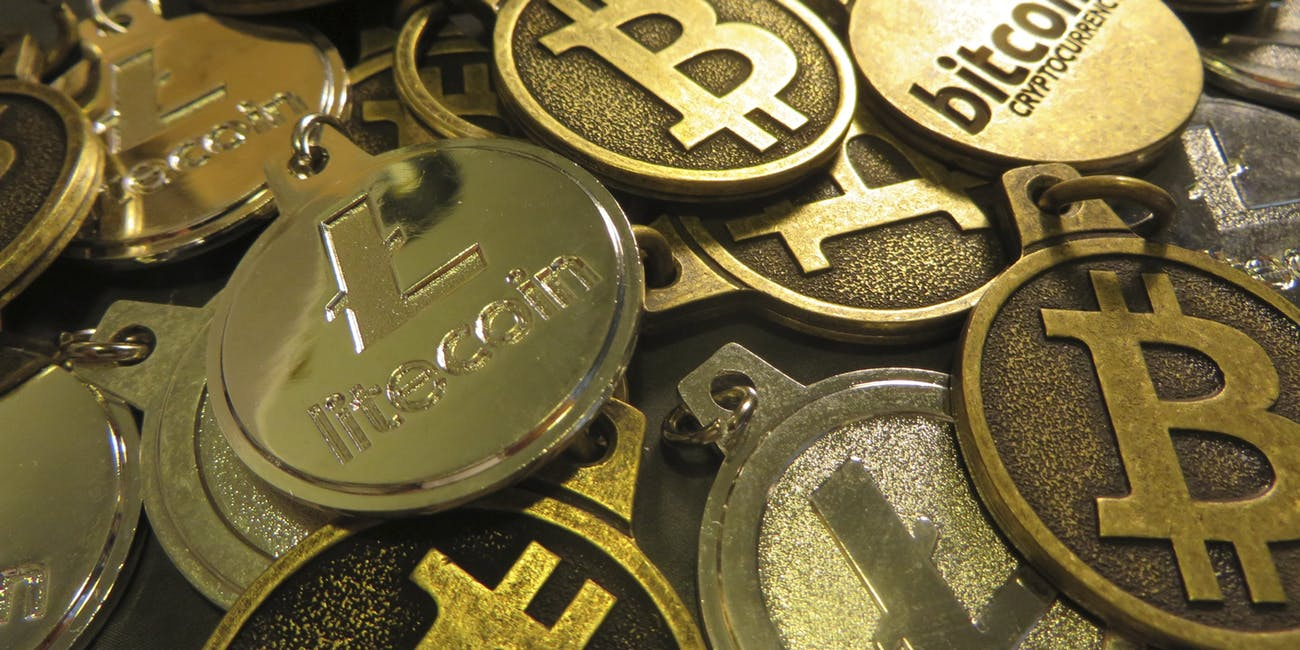 Bitcoin Litecoin Keychains IMG_3478