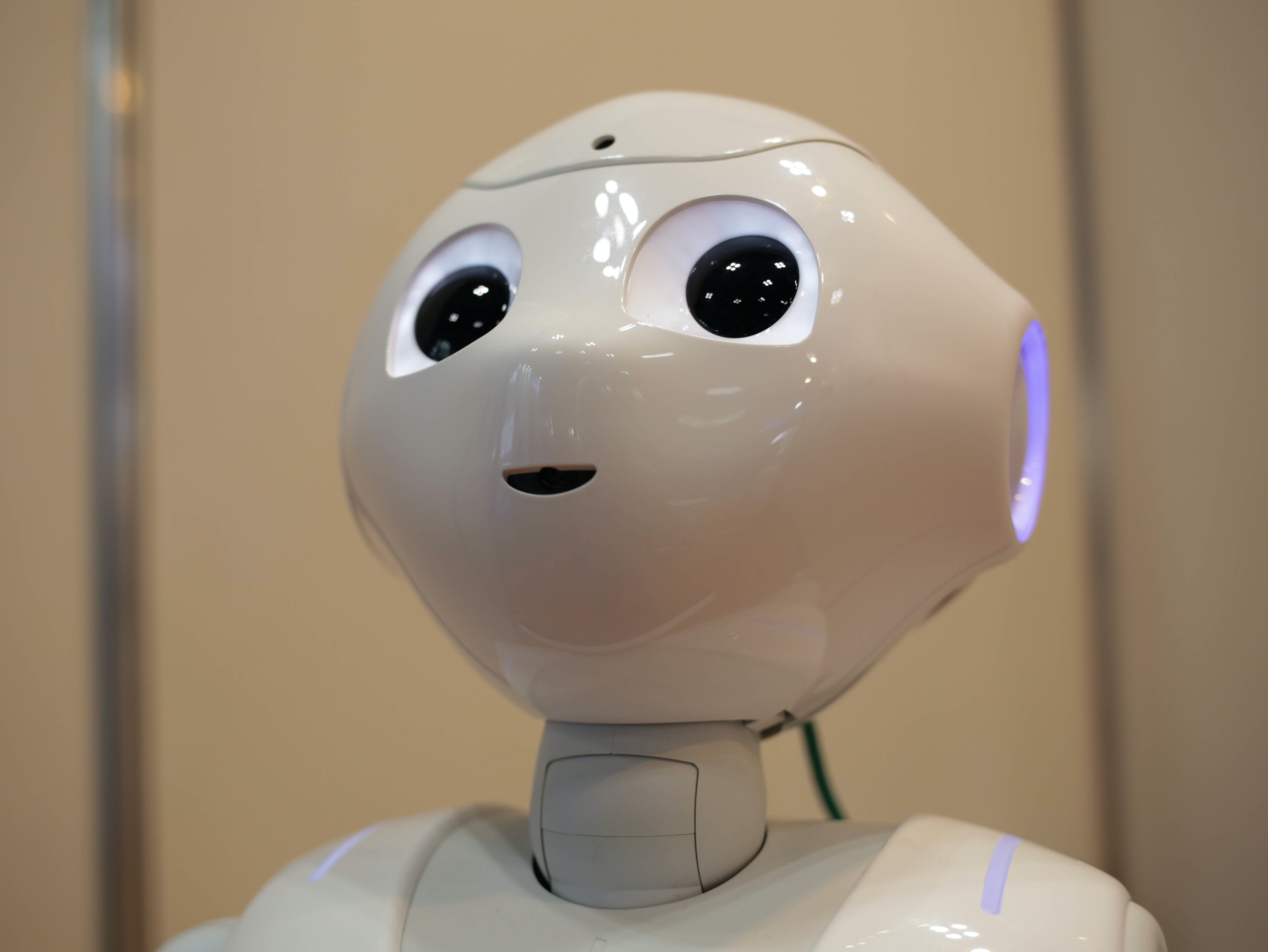 Tokyo Japan October 19 Pepper Robot Developed By Softbank Talks To The Guests During Rect 304 Dpr Auto Format Compress 75 Linkedin Founder Reid Hoffman