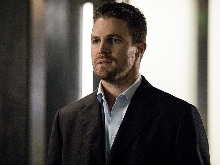 5 Fan Theories Explaining Laurel's Resurrection on 'Arrow'