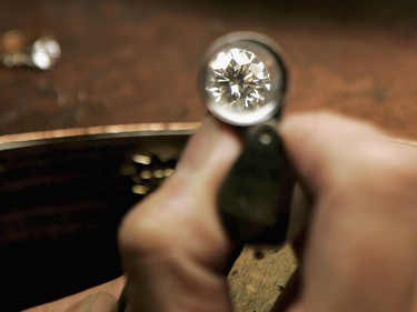 Harvard Made Radios Out of Atomically Imperfect Diamonds