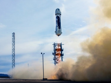 Blue Origin Wants to Launch Humans Into Space Within a Year
