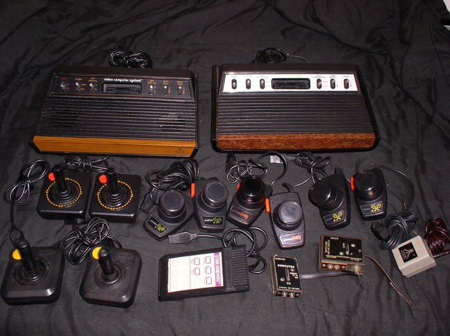 Atari 2600 game games controllers paddle
