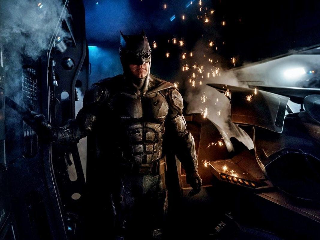 """Batman """"Tactical Batsuit"""" Photo Has Fans Ready for a 'Justice League' Trailer"""