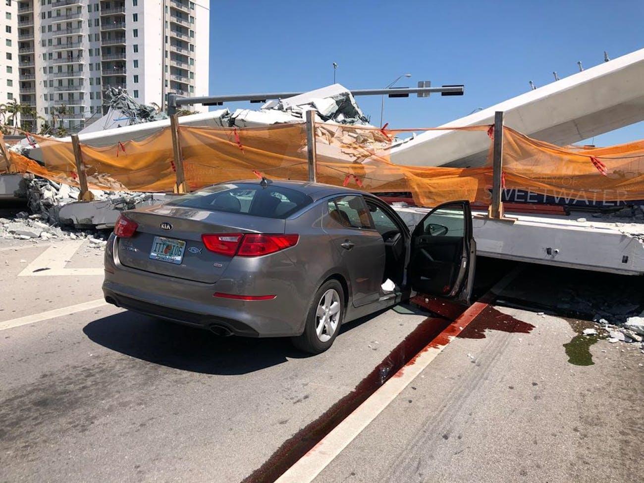 Miami pedestrian bridge collapse