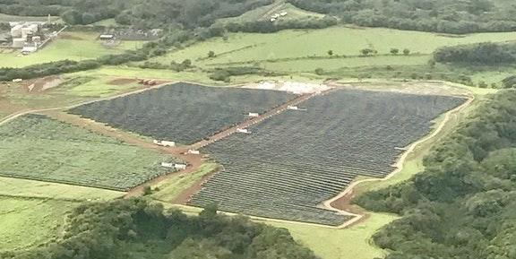 Aerial Photos Reveal the Massive Tesla Solar Panels Powering Hawaii