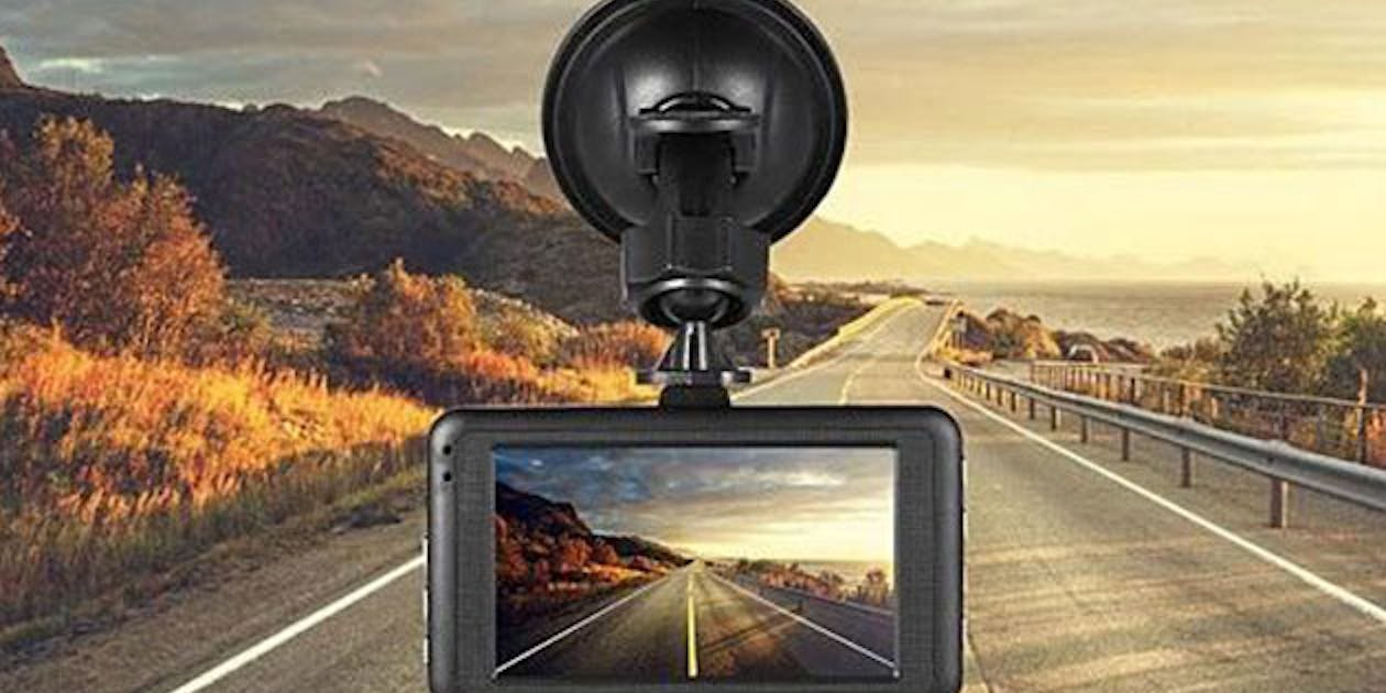 Black Box Dash Cam >> Black Box 1080p Dash Cam Is Your Best Insurance Policy Inverse