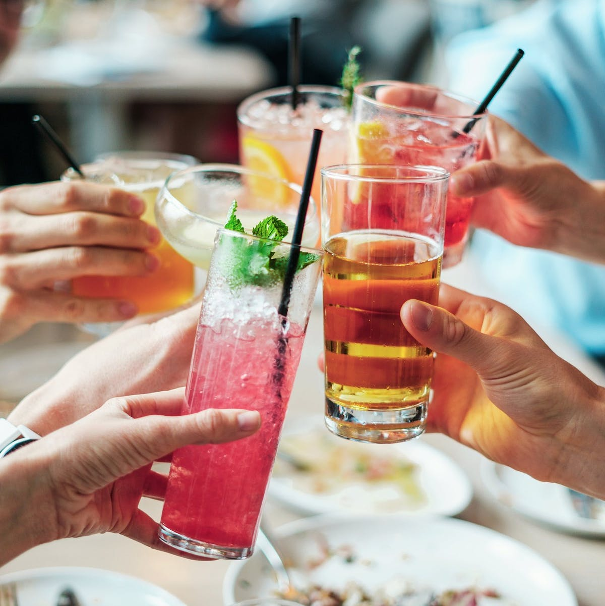Hangovers: Scientists Debunk a Common Belief About Mixing Drinks
