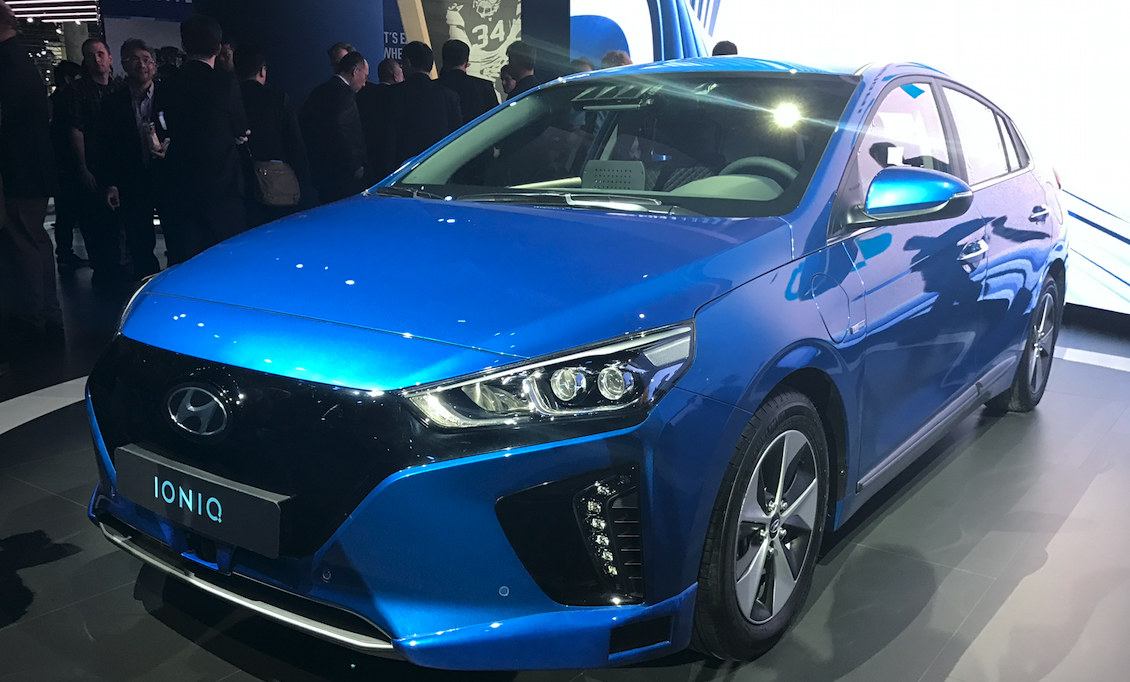Hyundaiu0027s Ioniq Electric Car is Trying out