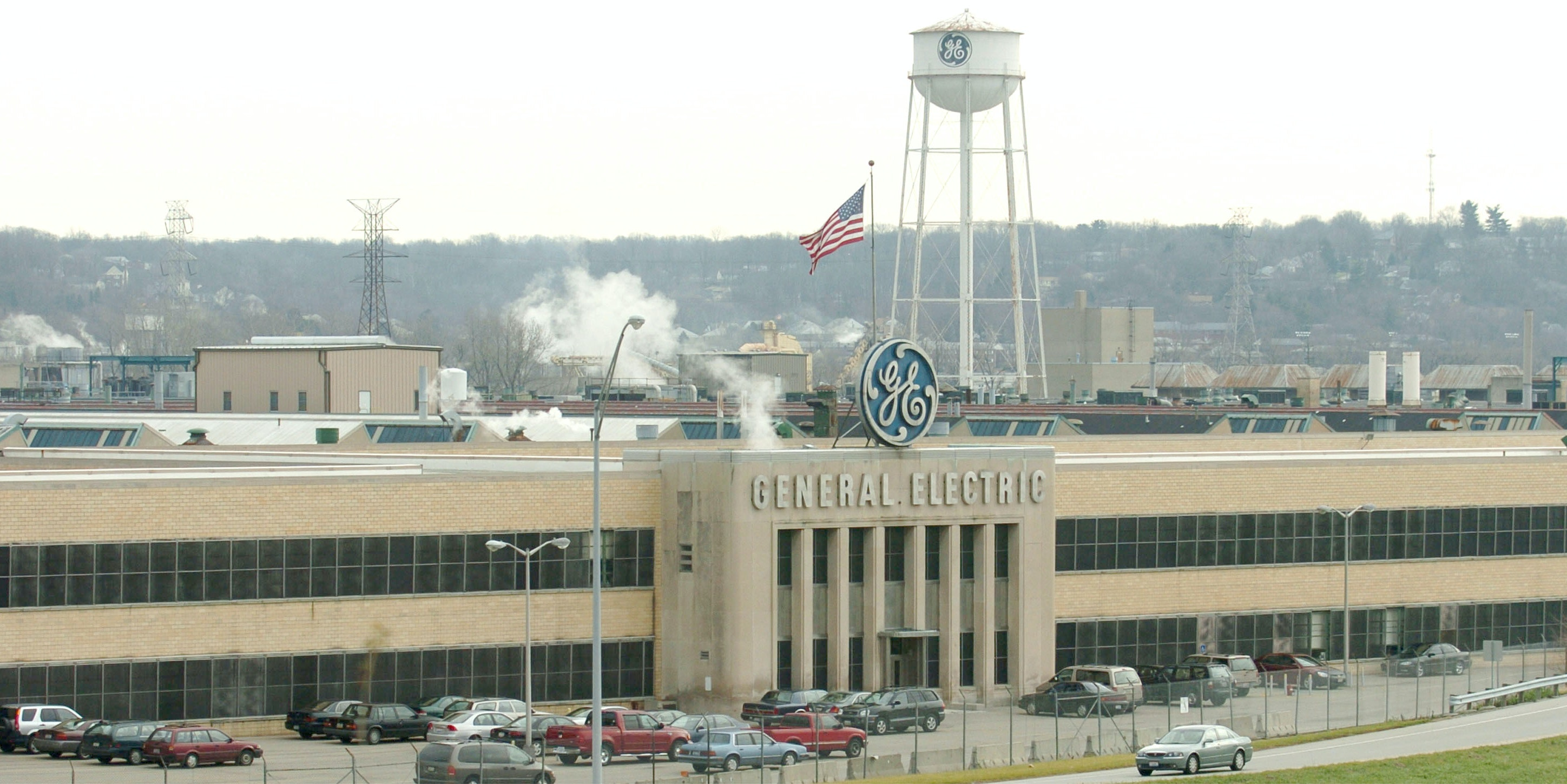 General Electric Cuts 12,000 Jobs, Says It's Because of Renewable Energy