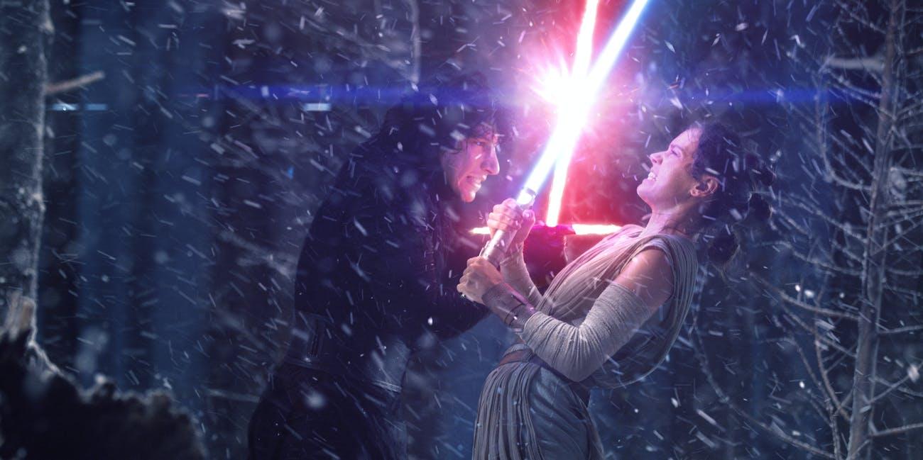 Kylo Ren and Rey Force Awakens