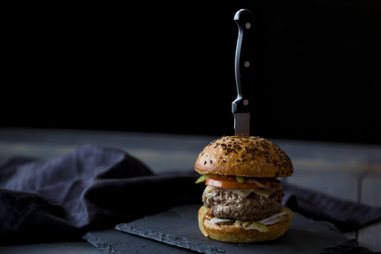 burger knife