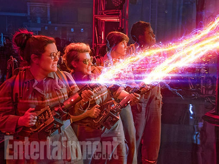 New 'Ghostbusters' Photo + Kate McKinnon On Making Crazy Science