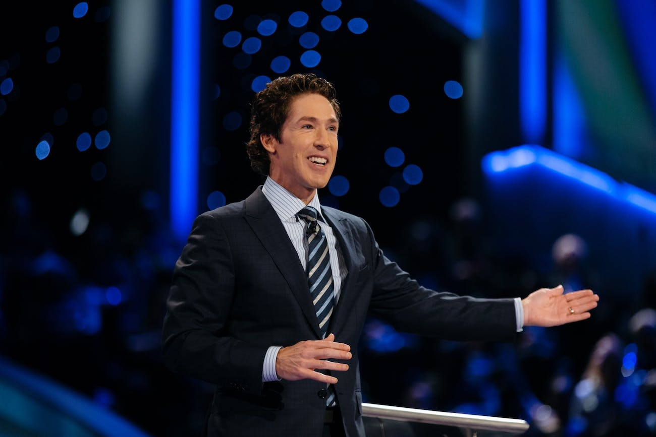 joel osteen lakewood hurricane harvey