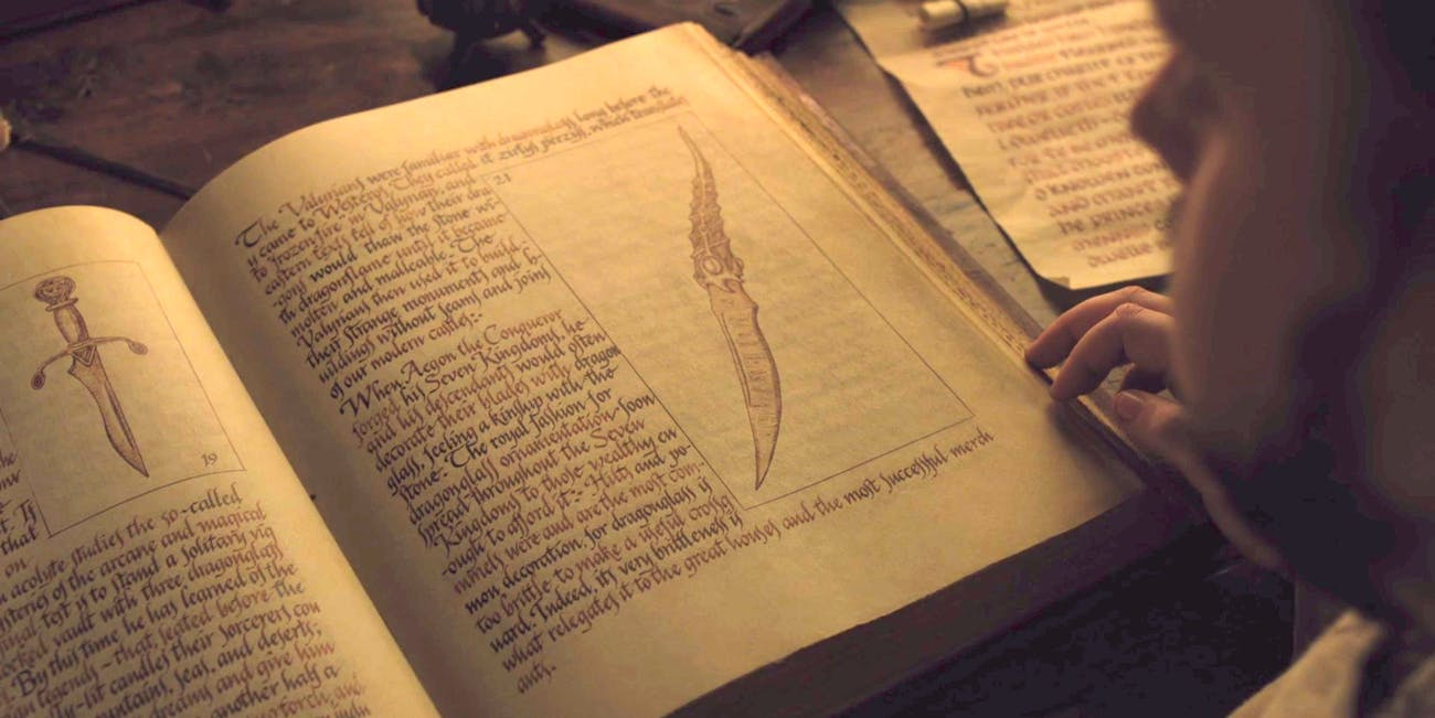 Game of Thrones Dragonglass Book