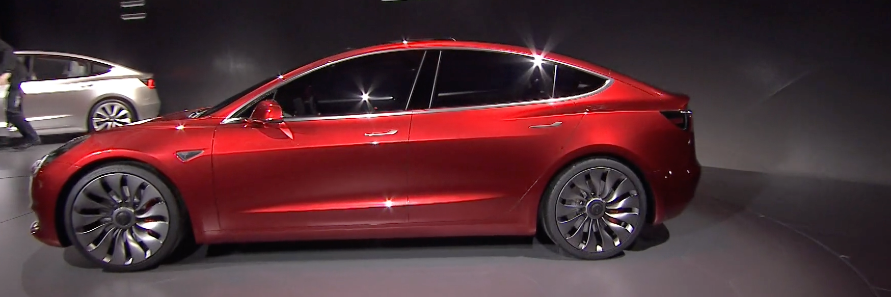 Here S Why The Tesla Model 3 Price Is So Relatively