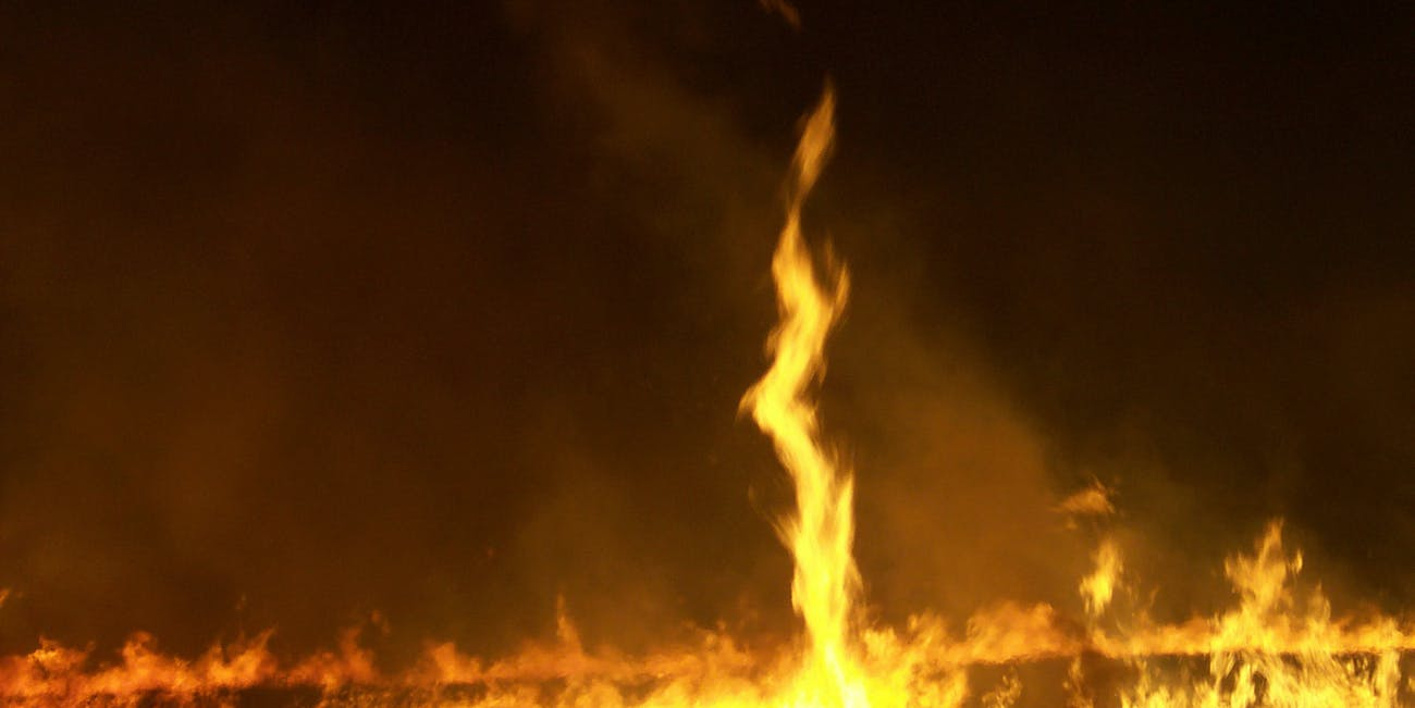 wikimedia commons fire whirl