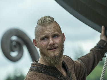 """'Vikings' Kills Yidu, Kwenthrith, and Count Odo In """"Portage"""""""
