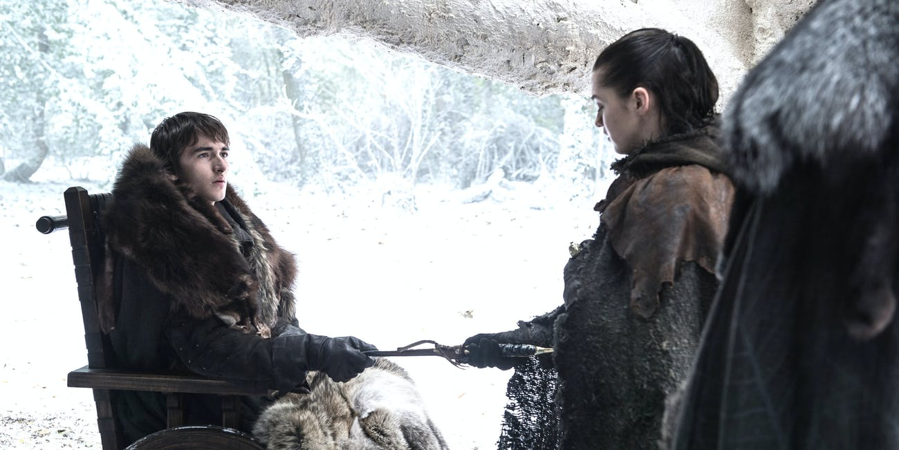 Bran and Arya stark and the famous Valyrian Steel Catspaw Targaryen Dagger on 'Game of Thrones'