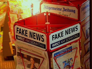 """Facebook Just Launched Clever Method to Kill """"Fake News"""""""