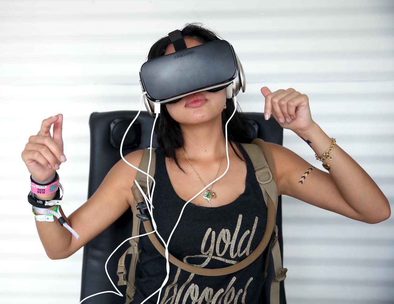 Samsung Gear VR in action.