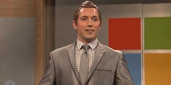 Beck Bennett plays Helix 900, a gay robot, on SNL.
