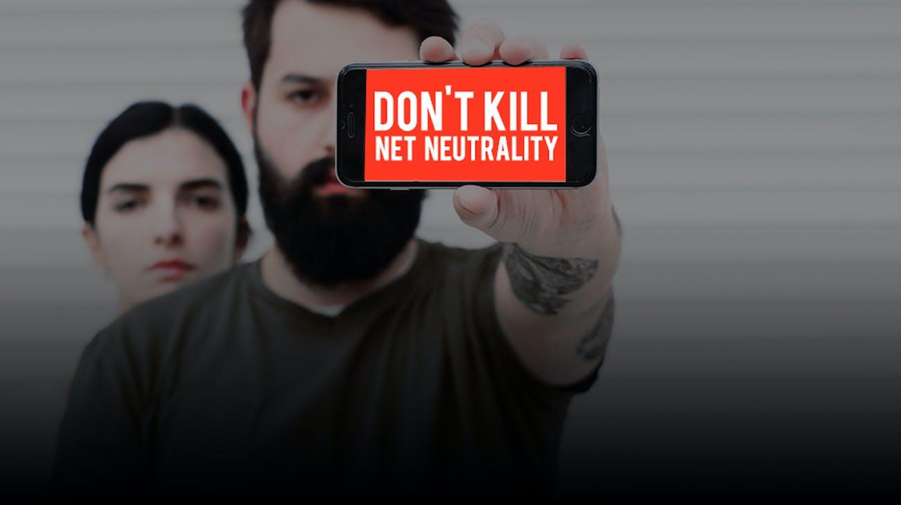 Verizon net neutrality protest.