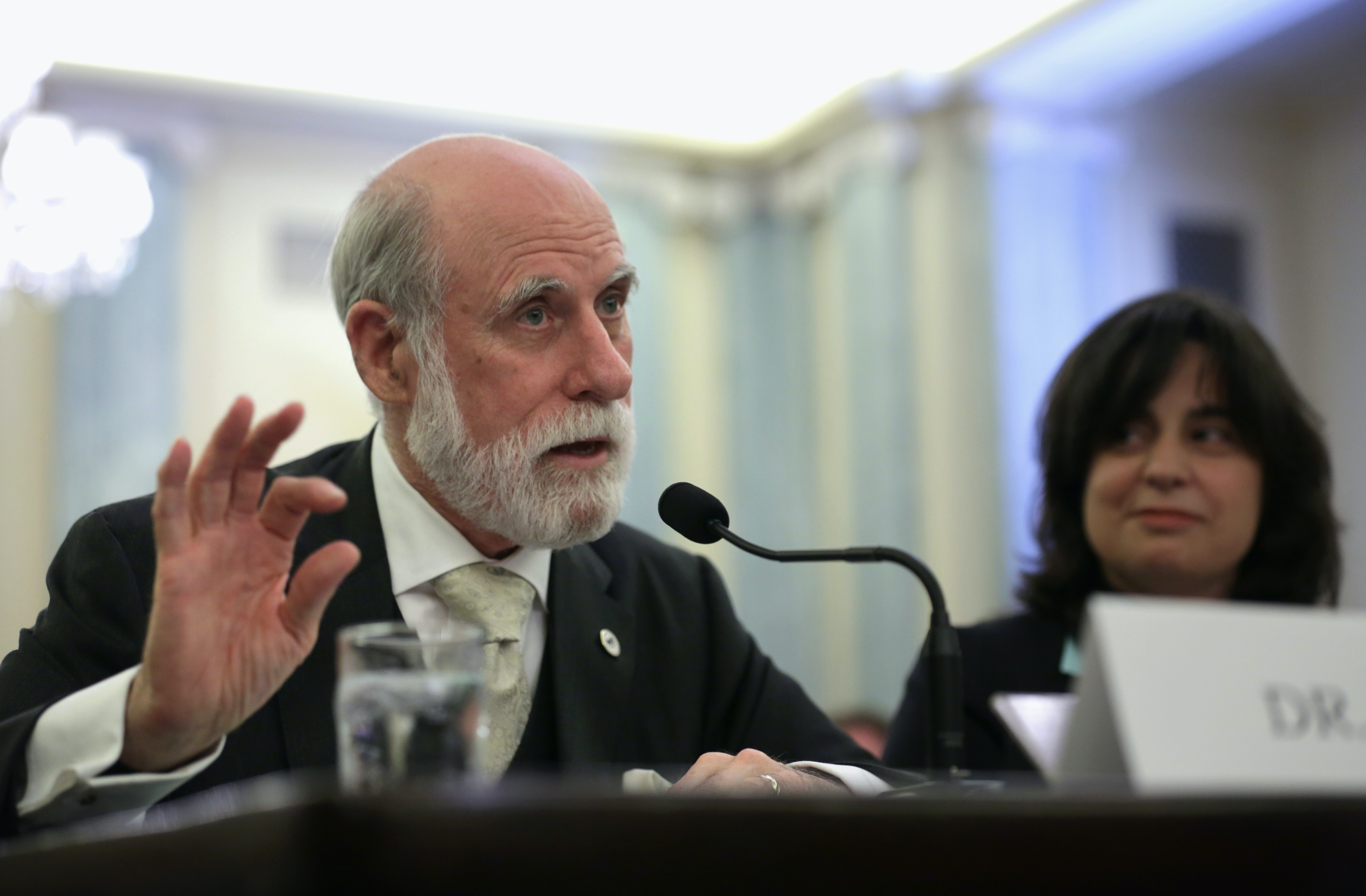 vint cerf is one of the 21 names signed to an open letter asking lawmakers to urge fcc chairman ajitjpegrectu003d14246239142931u0026autou003d formatcompressu0026wu003d1200 httpswwwinversecomarticle39340 nasa new horizons 2014 mu69