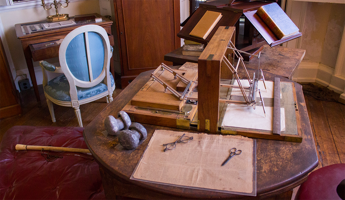 Jefferson's writing desk and polygraph (photo by Melanie Lower)