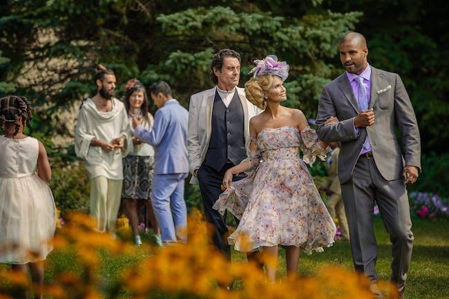 Ian McShane, Ricky Whittle, and Kristin Chenoweth in 'American Gods'