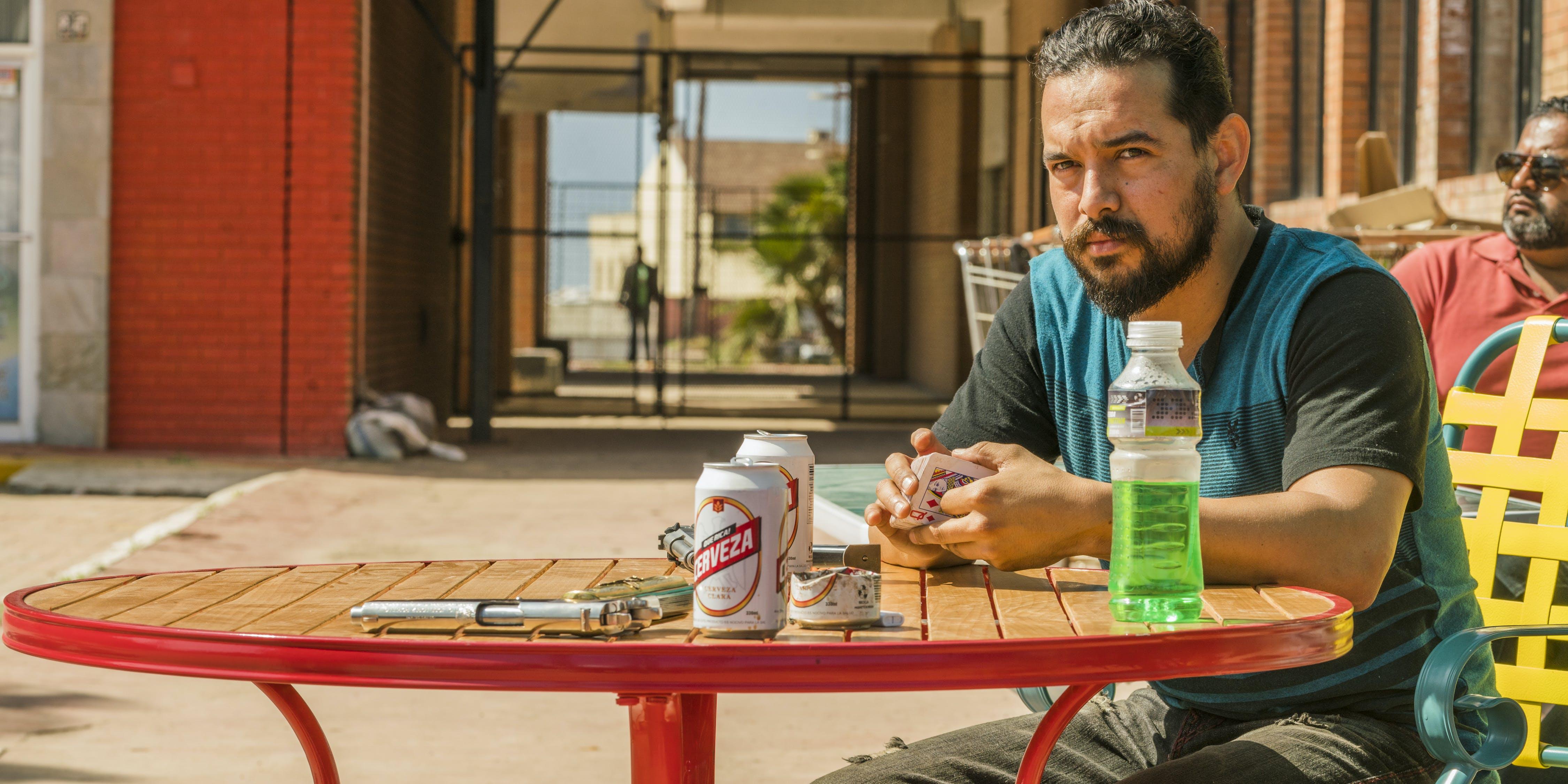 'Fear the Walking Dead' Explores A Cartel Supermarket