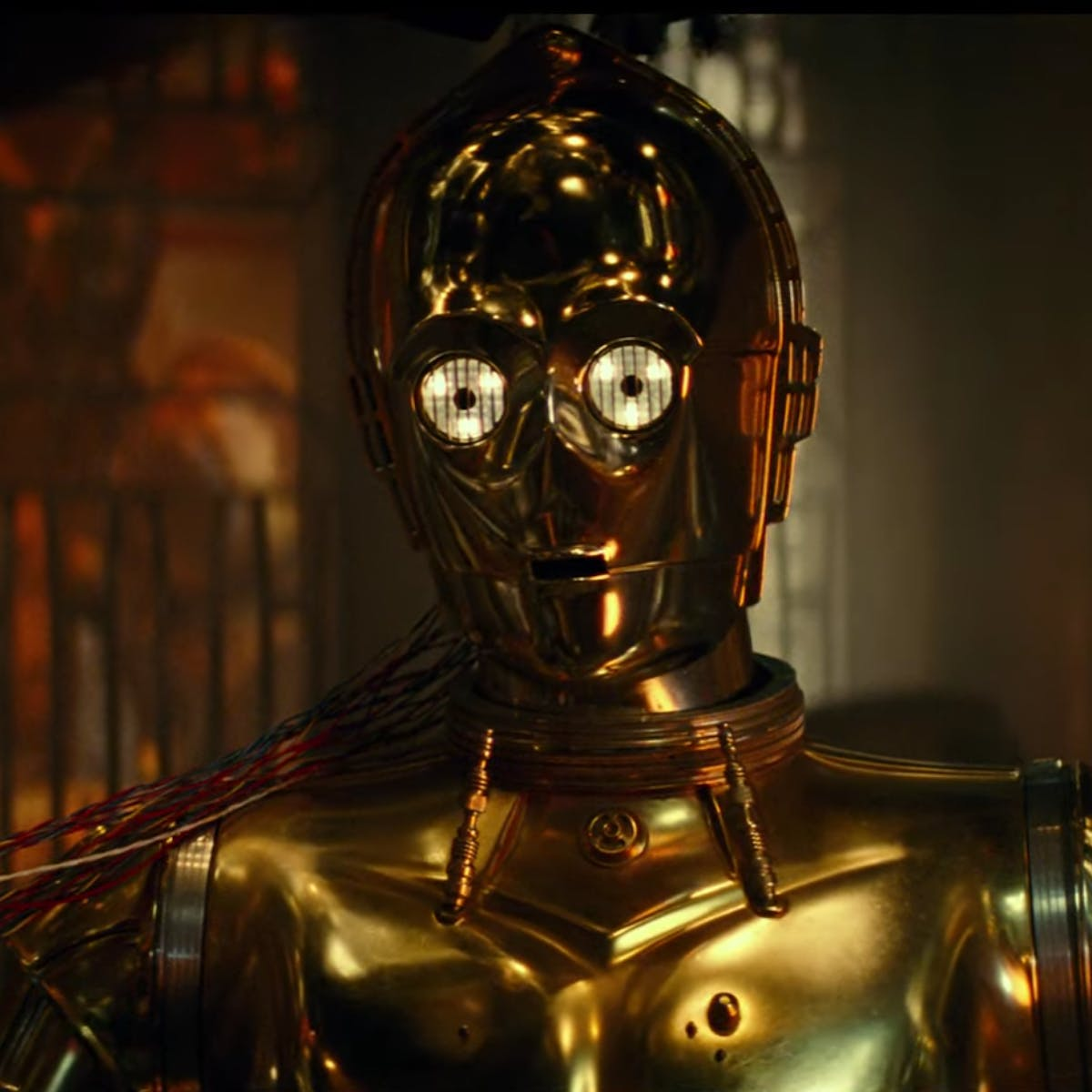 'Star Wars 9' final trailer: Why does the Resistance wipe C-3PO's memory?