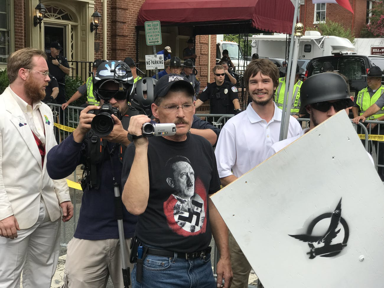 "Charlottesville ""Unite the Right"" Rally (35780261984)"