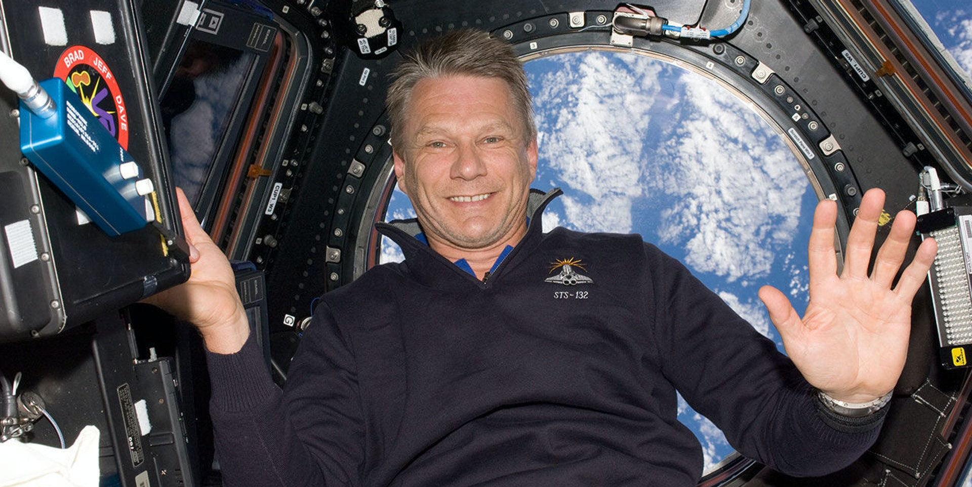NASA Astronaut Piers Sellers has passed away at the age of 61.