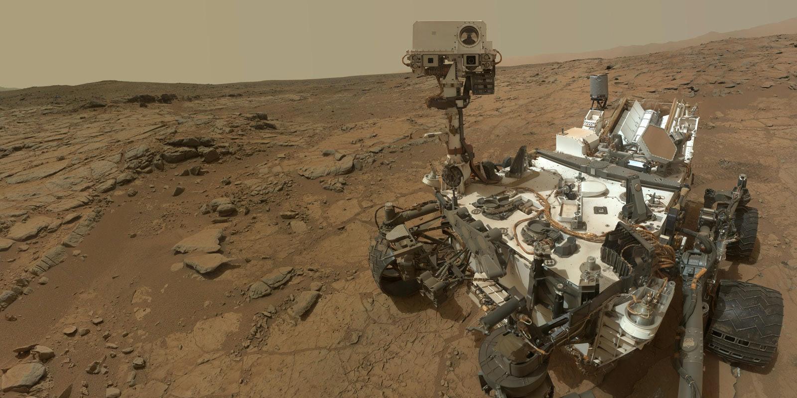 NASA Needs to Start Scraping Mars for DNA