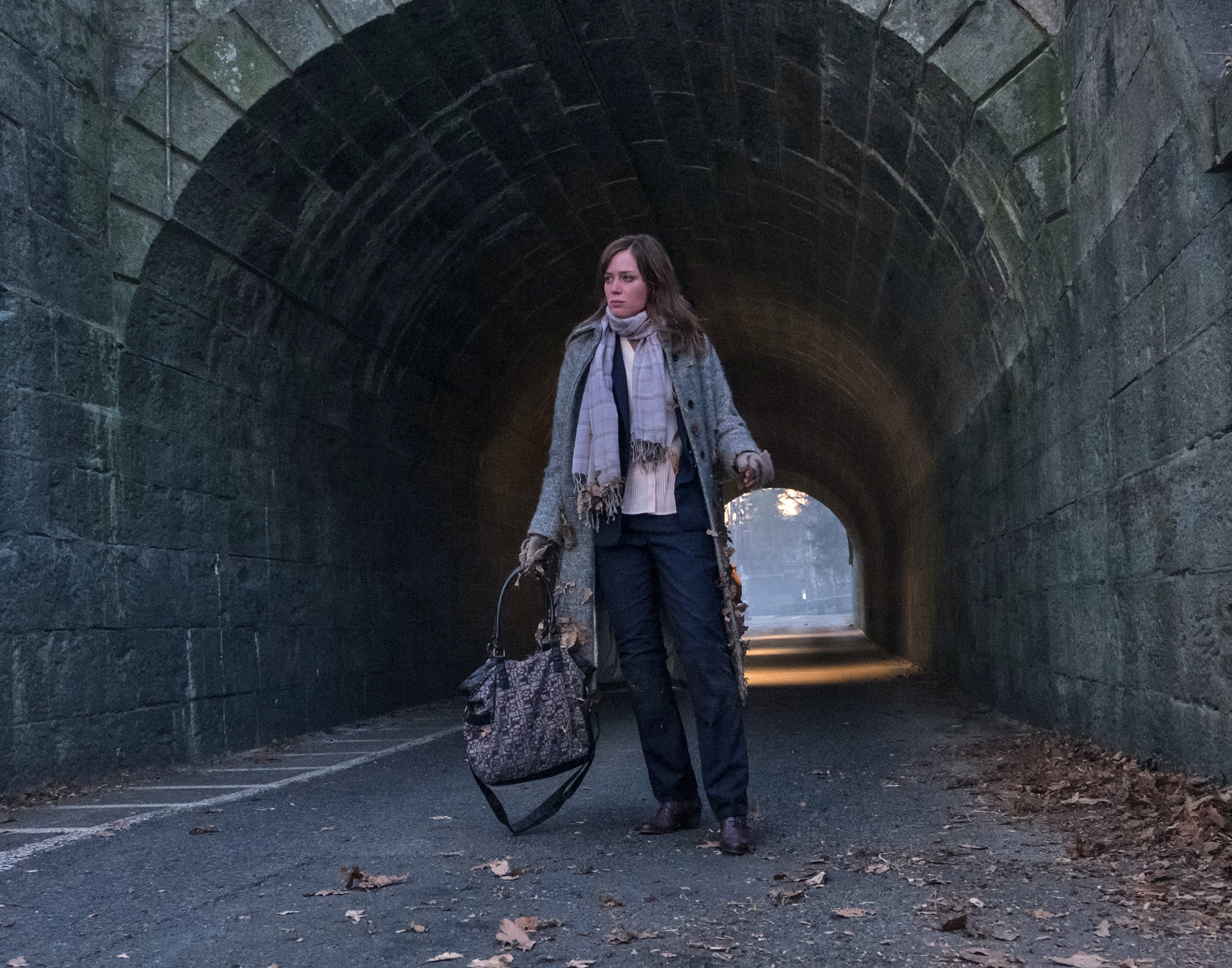 """Emily Blunt in the tunnel in """"The Girl on The Train"""""""