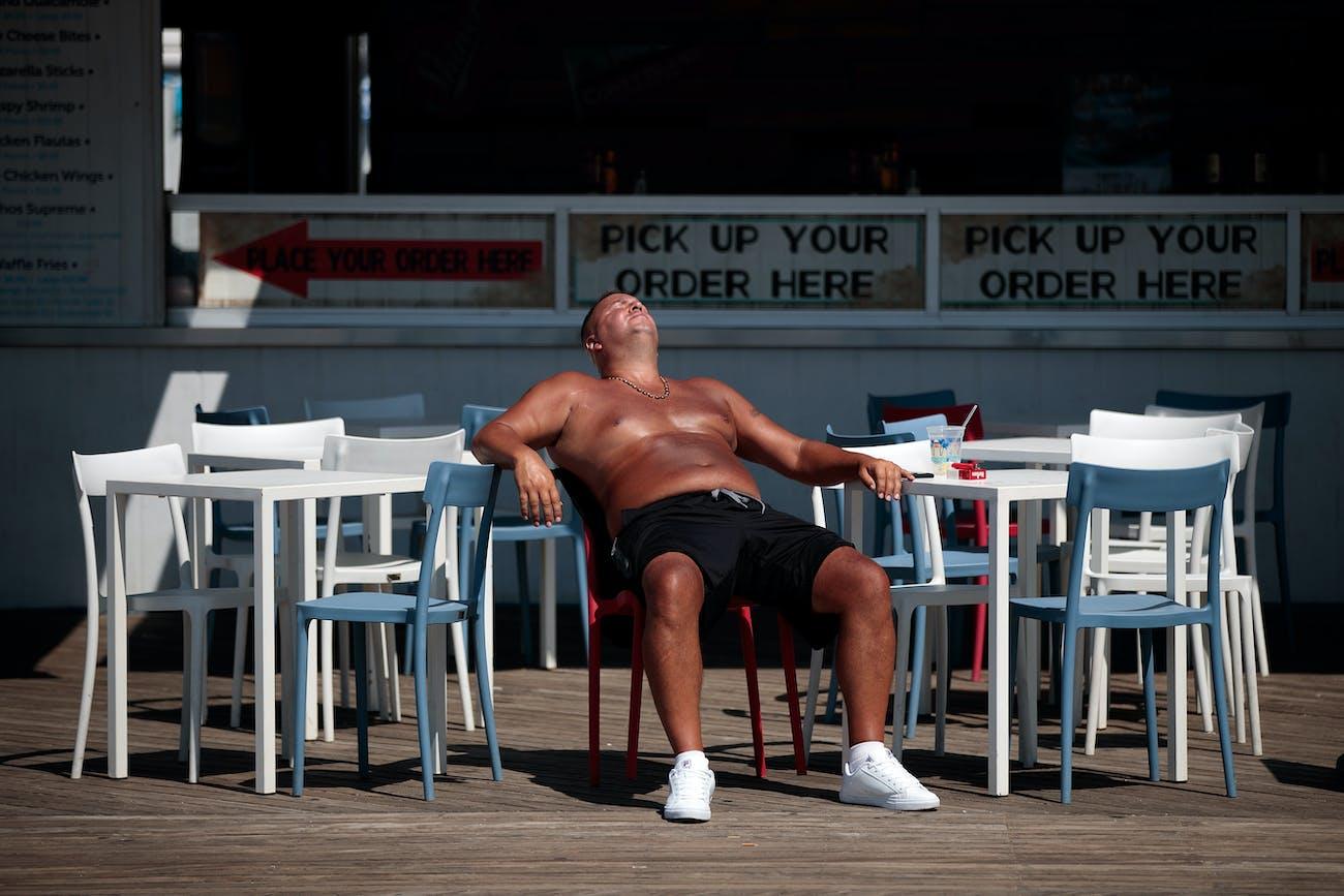 tanning sun tan sunscreen