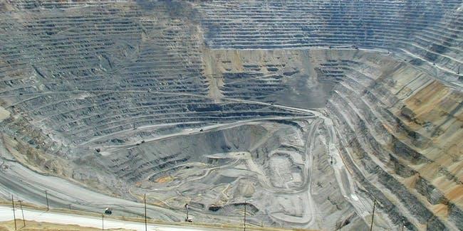 Bingham Canyon copper mine, UT, USA: Rio Tinto, Kennecott Utah Copper Corp.