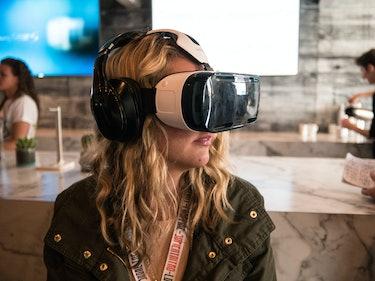 Playstation VR Has a Short Woman Problem