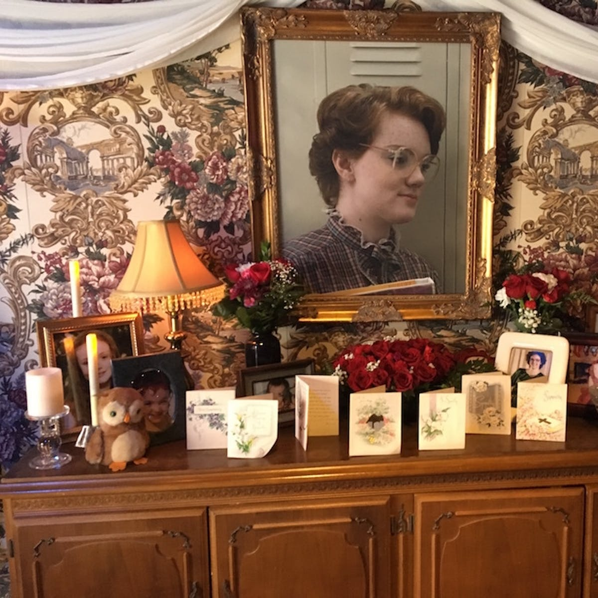 'Stranger Things' Built a Memorial to Barb at Comic-Con