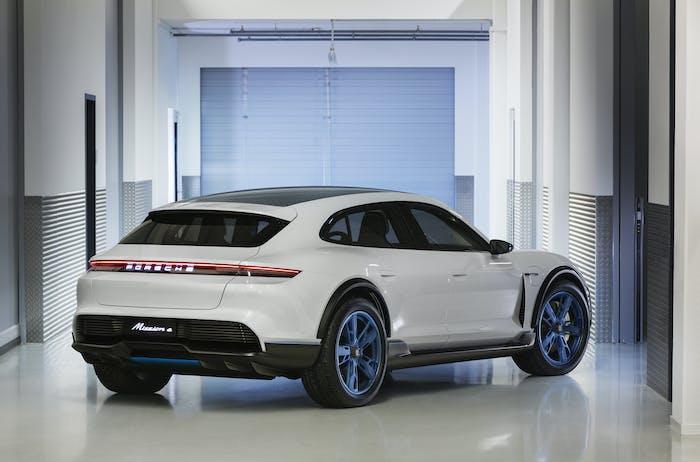 Porsche rear.