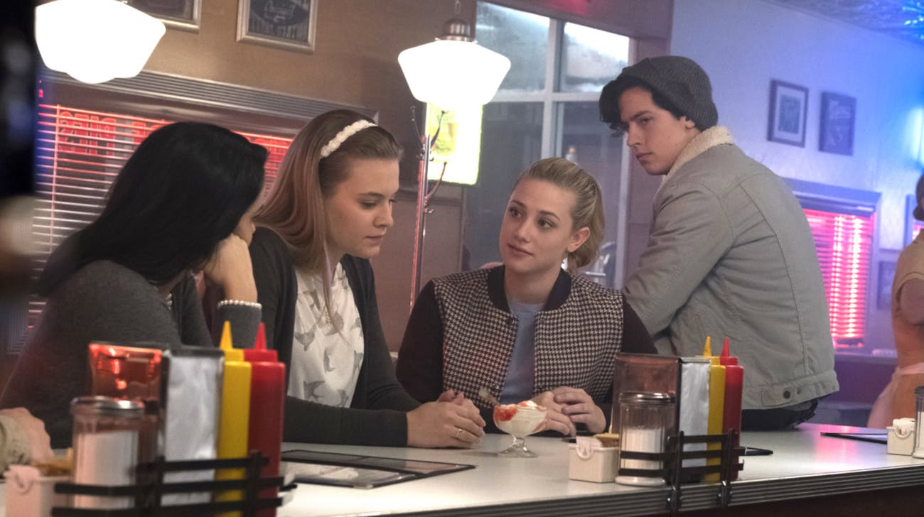 Betty, Veronica, Polly, and Jughead in 'Riverdale'